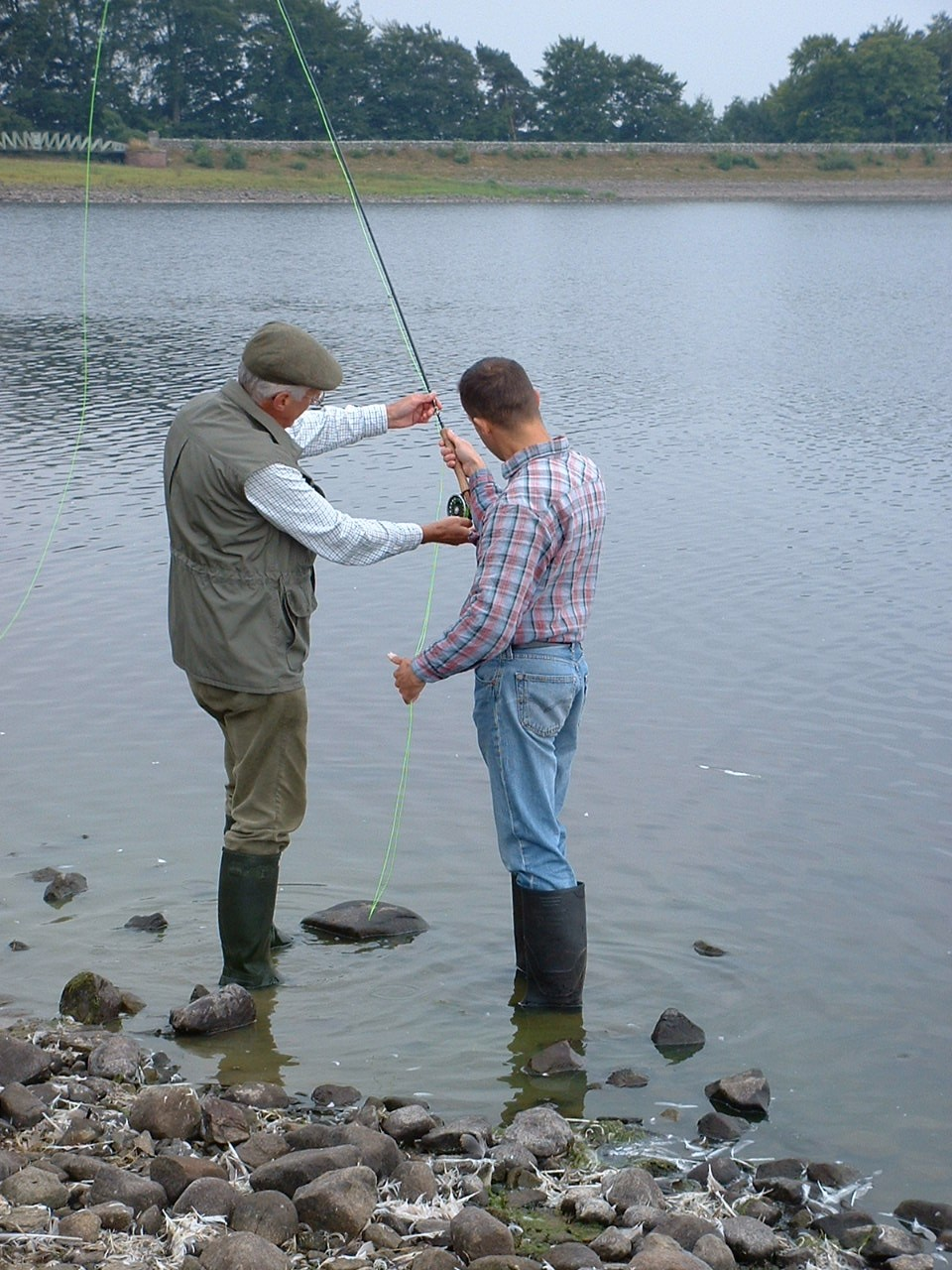Ken-Muter-casting-tuition-at-Hallington
